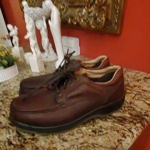FLORSHEIM Steel Toed Shoes 10 1/2 EEE